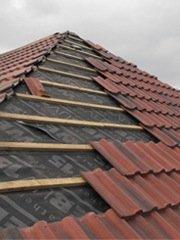 Neues Dach bauen